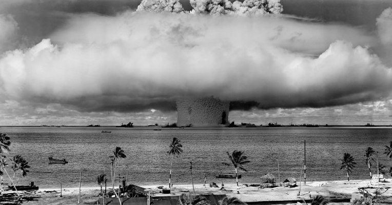 nuclear weapons debate A long-time staple of international relations courses, this new edition continues the important discussion of nuclear proliferation, while looking at the regions and issues now at the forefront of the nuclear question.