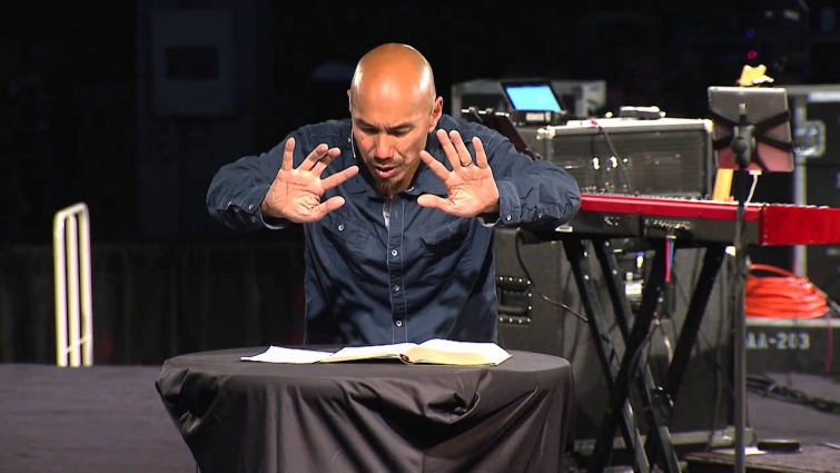 Francis Chan Shares His Thoughts On Why He'll Share a Stage