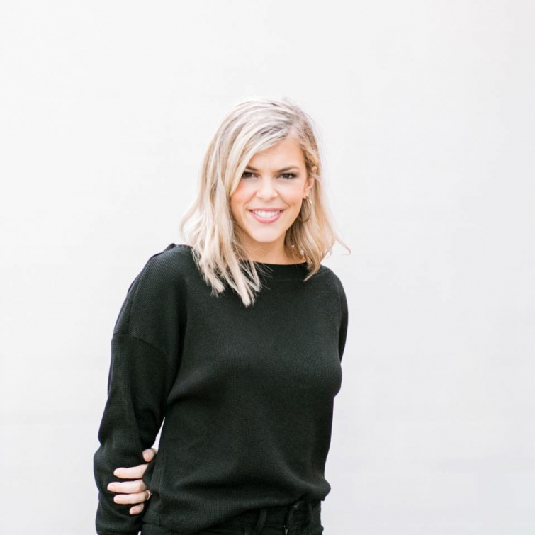https://www.faithwire.com/2019/01/18/allie-stuckey-rebukes-commonly-used-phrase-you-are-enough-in-just-3-minutes/